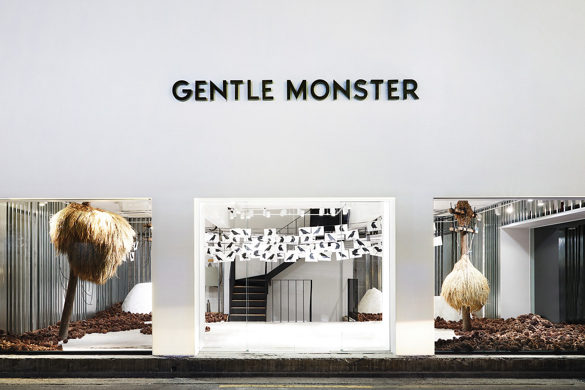 GENTLE MONSTER - Sinsa, Seoul, South Korea Store