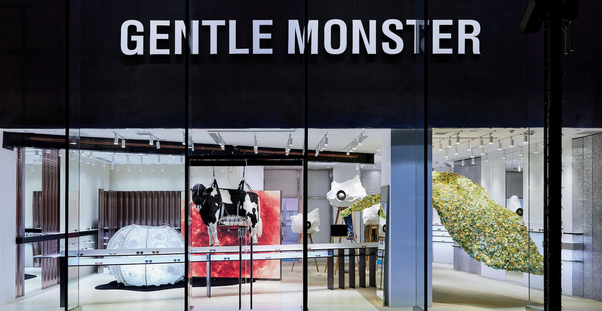 9ad212d440a 1 of 7. Beijing s Taikooli flagship store s 3rd renewal  The Navigator   depicts a part of Gentle Monster s ...